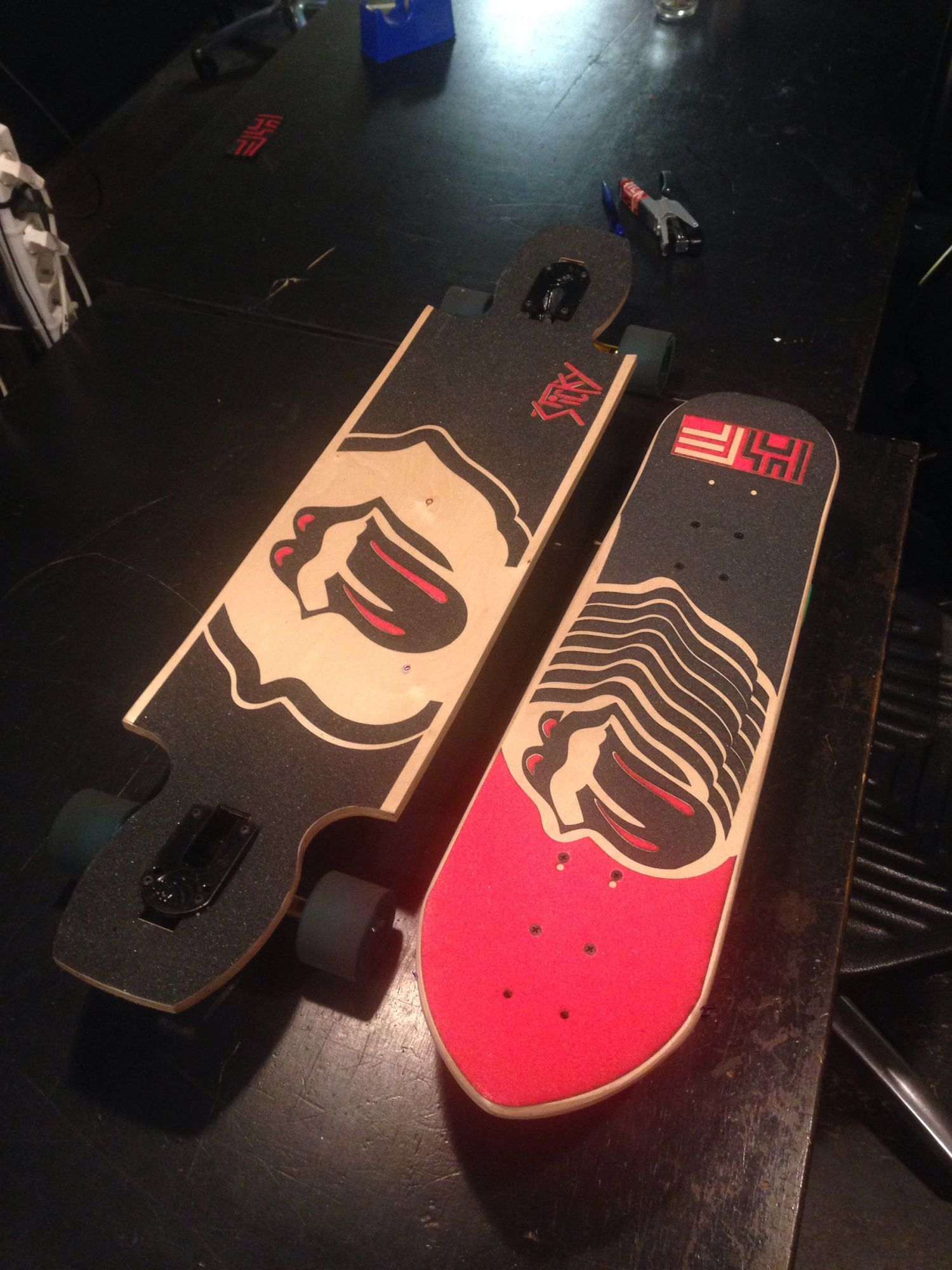 Skateboard van berkentriplex